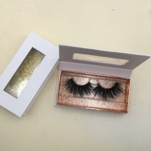 empty eyelash packaging