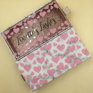 Eyelash Packaging With Pink Heart